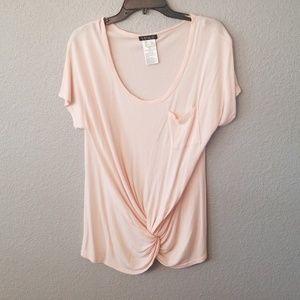 Light pink knot tee